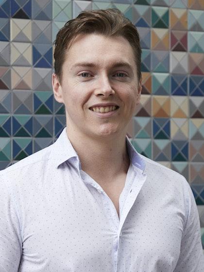 Elliot Mayer