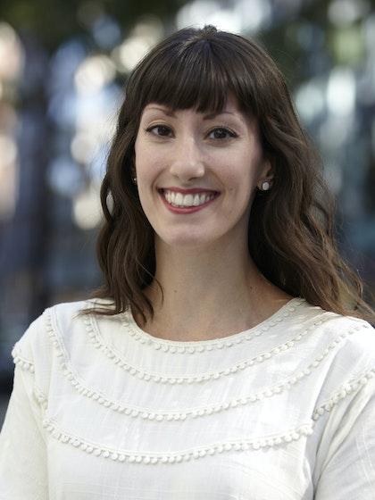 Sara Veale